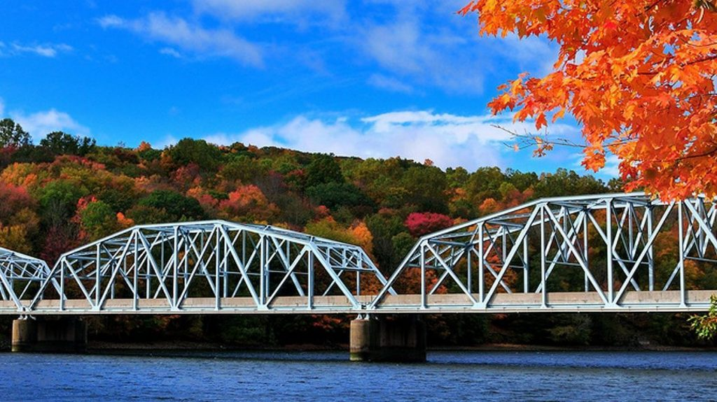 A getaway to putnam county with view of candlewood lake