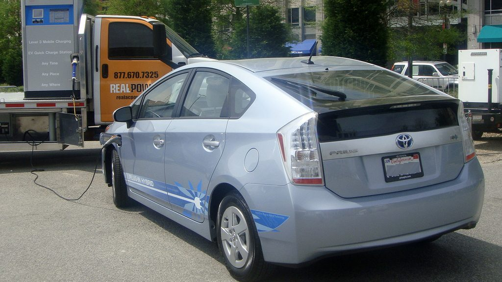 Toyota Prius Plug-in Hybrid charging from a mobile generator