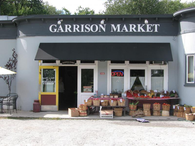 garrison market