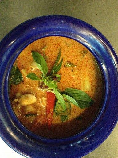 An amateur cook's delicious Massaman Curry (Blue Elephant)