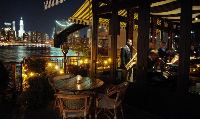 Best views of manhattan from restaurants offmetro ny for Best romantic restaurants nyc