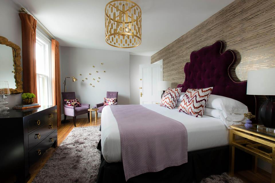 Gilded Hotel