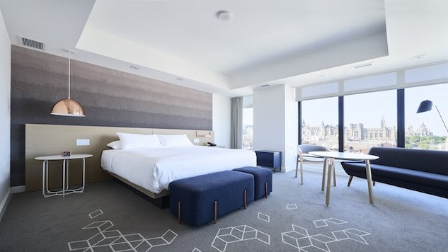 andaz_ottawa_bedroom