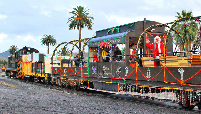 niles canyon train of of lights