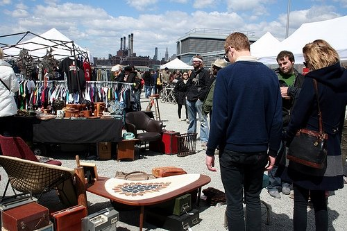 Williamsburg Flea hunting