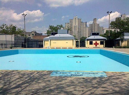 Douglas and DeGraw Pool | Brooklyn | Take the M, R to Union Street