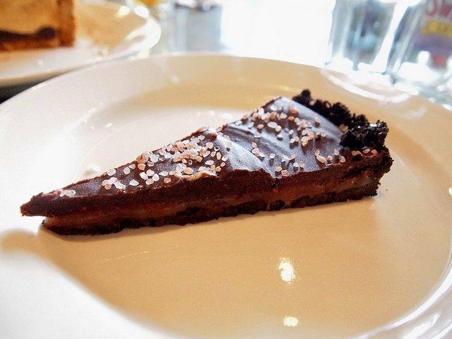Lovin Oven chocolate cake