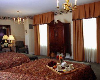 Hawthorne Hotel Derby Room
