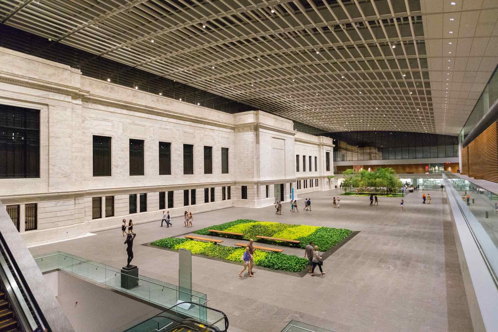 Cleveland Museum of Art Atrium (c) Cody York for ThisisCleveland.com