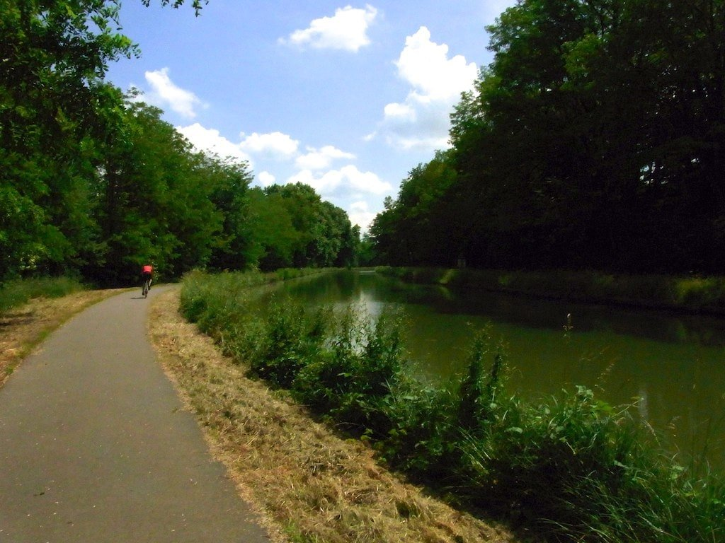 bike the Pennsylvania Canal towpath