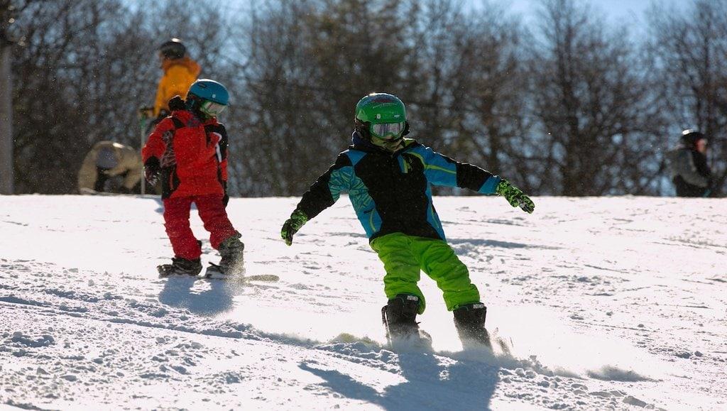 Snowboarding-KidsPoconoMtns