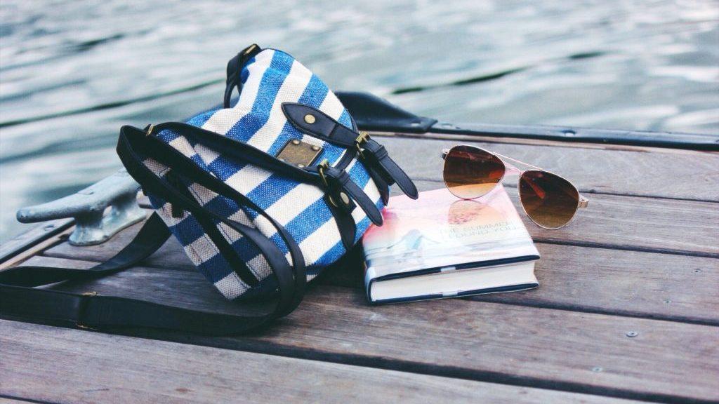 Summer Book Picture - Unpslash
