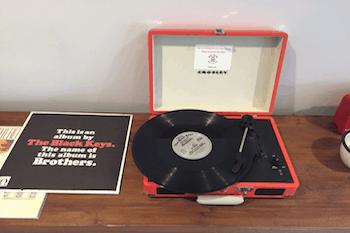 Hotel Dylan vinyl