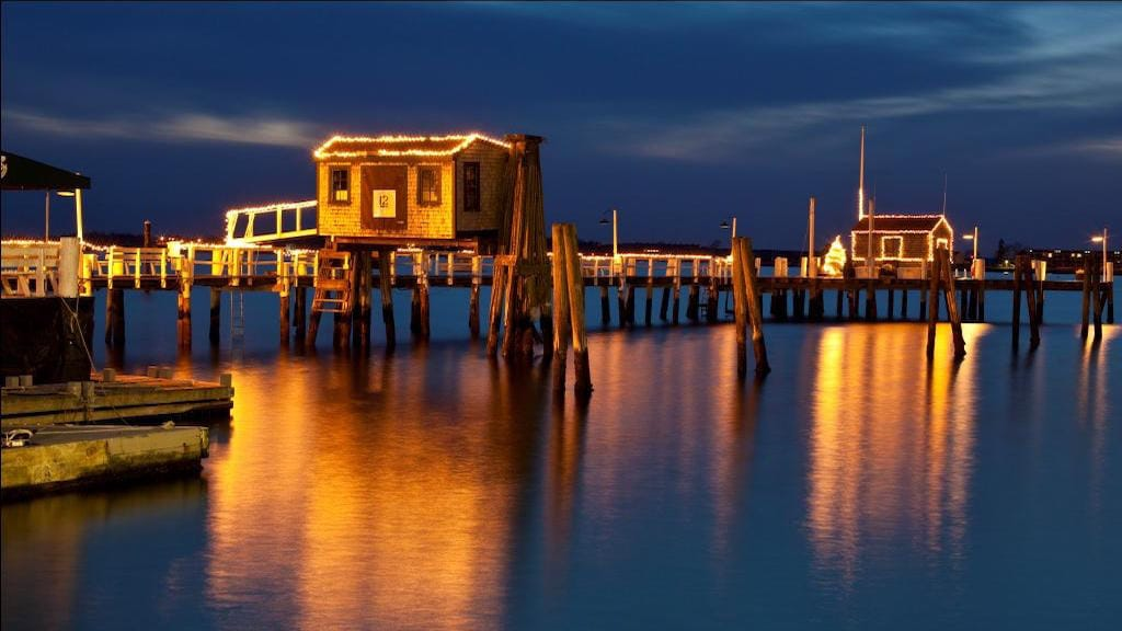Bannisters Wharf Lights Newport