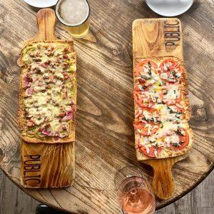 Public eat + drink flatbread pizza