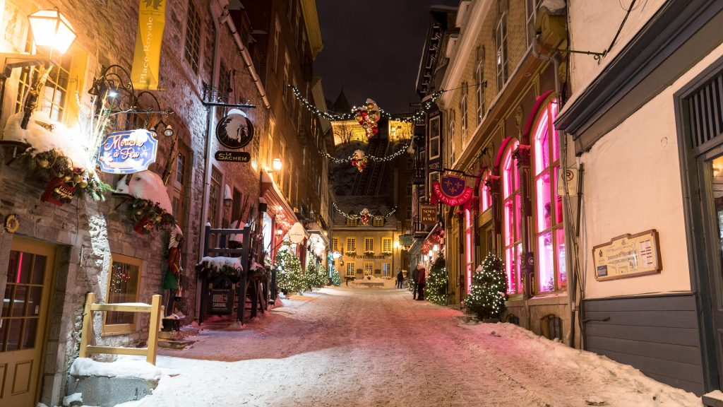 Old_Quebec_Winter_Laskin-e1549378533643 (1)