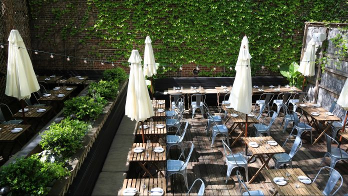 11 Warm Weather Bars And Restaurants With Outdoor Seating In