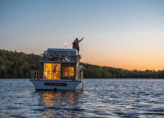 Floating Vacation Rentals portland
