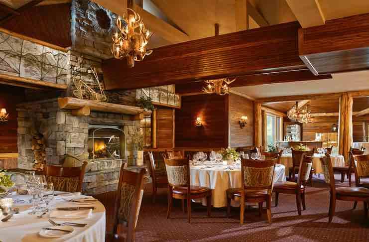 eating at mirror lake inn