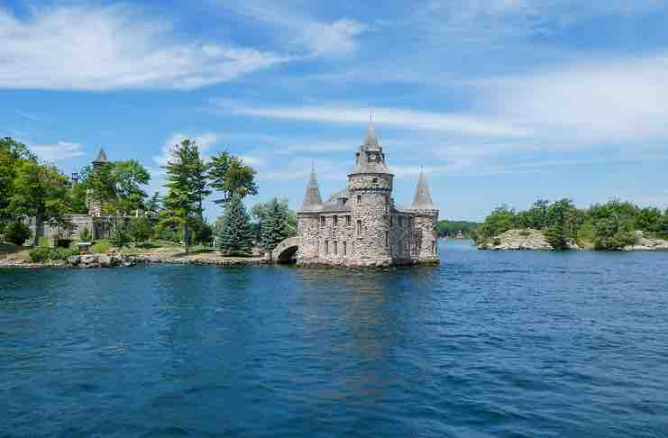Bass Fishing in Thousand islands
