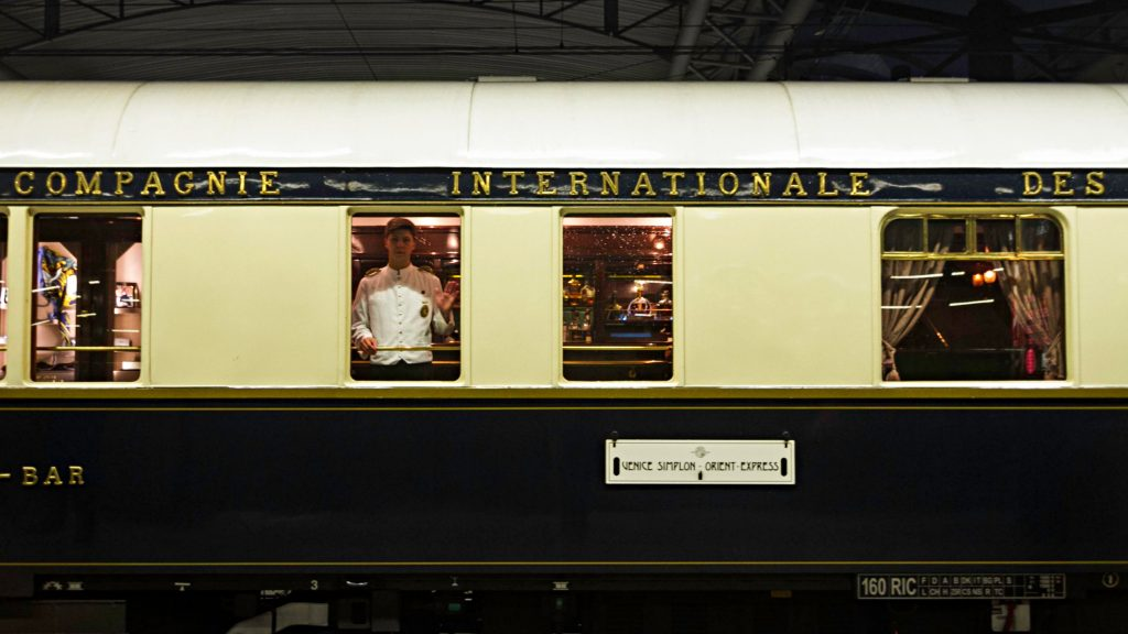 Orient Express by Mzximvs VdB
