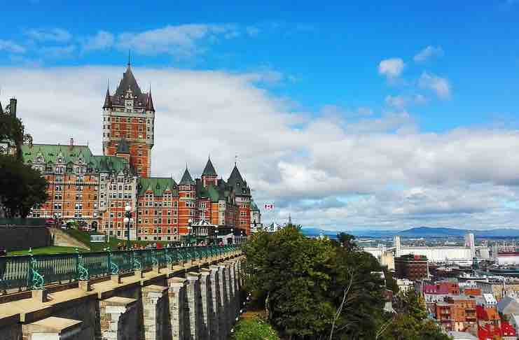 places to visit when studying in canada