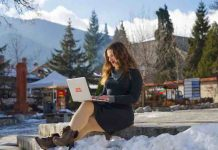 Tips for Working While You Travel