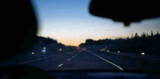 Top 5 Dashcam Features that Help you Stay Safe on Your Road Trips